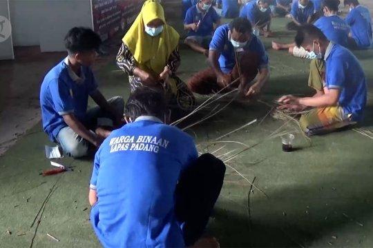 Cara Lapas Muaro Padang tambah keterampilan warga binaan