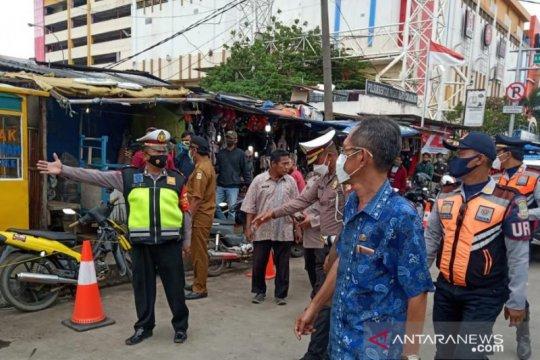 PKL-parkir liar di Cikarang ditertibkan dukung tilang elektronik