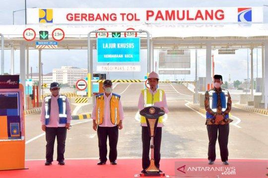 Presiden Jokowi minta pemda manfaatkan JORR 2 untuk tarik investasi