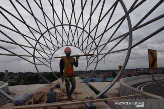 Pembangunan JPO dekat fly over tapal kuda Lenteng Agung