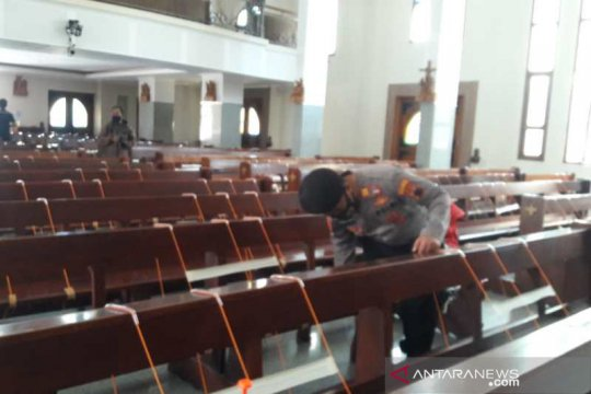 Polres Temanggung sterilisasi gereja jelang Paskah
