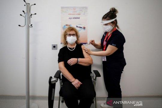 Turki catat rekor 42.308 infeksi COVID