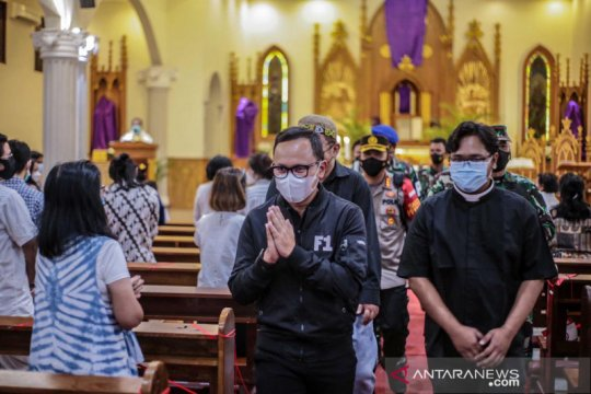 Wali kota Bogor pastikan keamanan kebaktian dan misa Paskah