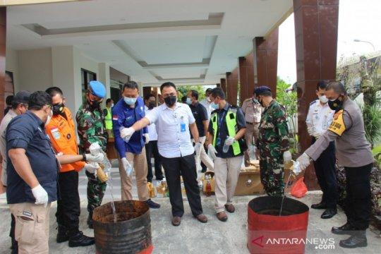 Bandara Manado musnahkan barang terlarang, terbanyak miras Cap Tikus