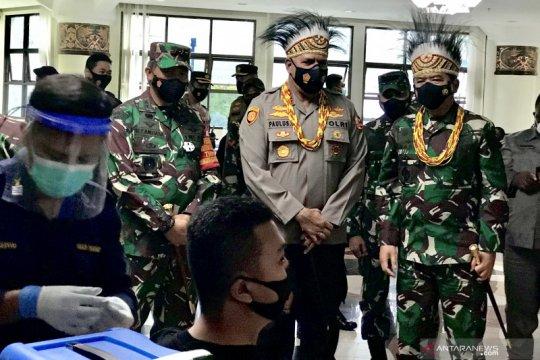 1.495 tentara di Manokwari terima vaksin COVID-19 AstraZeneca