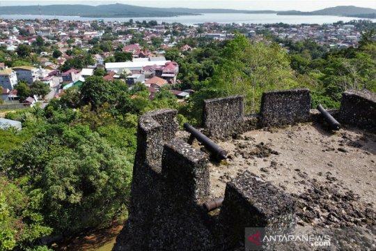 Wisata Benteng Keraton Wolio Buton