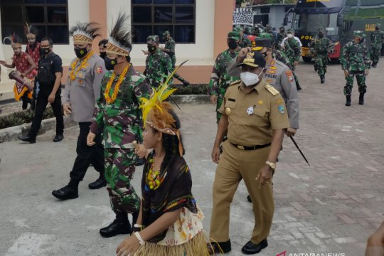Gubernur Papua Barat minta penambahan Bintara TNI AL dan AU