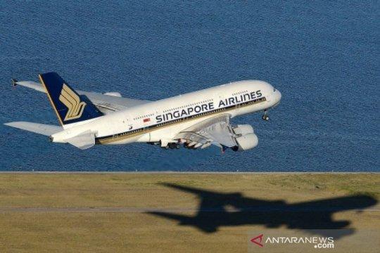 Hong Kong sementara larang masuk Singapore Airlines karena COVID