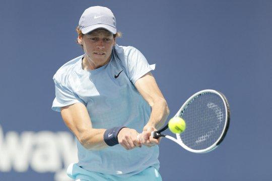Sinner jadi petenis Italia pertama capai final Miami Open