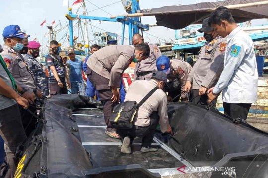 Tim SAR temukan dua korban tabrakan kapal di Indramayu