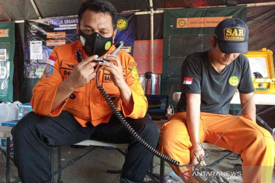 Sulit komunikasi hambat pencarian korban kapal tabrakan di Indramayu