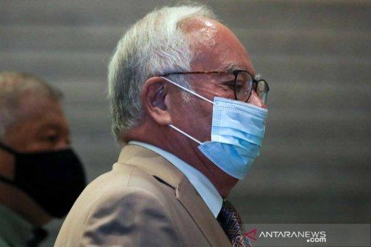 Pengadilan Malaysia bebaskan paspor eks PM Najib kunjungi Singapura