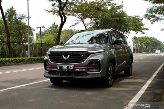 Era baru mobilitas cerdas Wuling Almaz RS