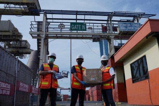 IPC Terminal Peti Kemas bagikan perlengkapan prokes di pelabuhan