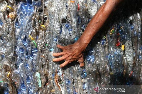 Kemenperin dorong pengembangan industri daur ulang botol plastik