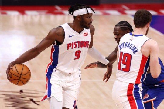 Grant pimpin Pistons hempaskan bekas timnya Thunder