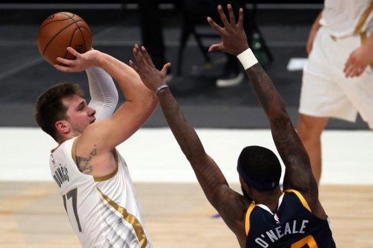 30 poin Luka Doncic antar Mavericks tundukkan Jazz 111-103