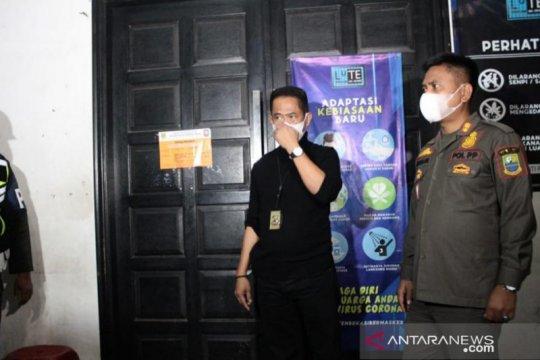 Kafe di Kabupaten Bekasi disegel hingga dua kali