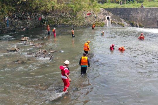 Tim SAR lanjutkan operasi pencarian korban hanyut di Sungai Gajahwong