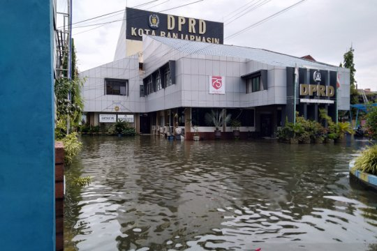 Banjarmasin kembali dilanda air pasang picu banjir