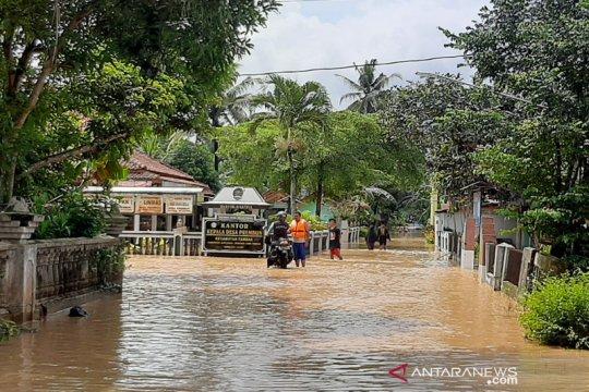 BMKG: Cuaca ekstrem berpotensi di Jateng dalam tiga hari ke depan