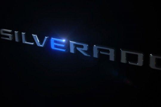 Chevy Silverado listrik dikenalkan, jangkauan hampir 650 km