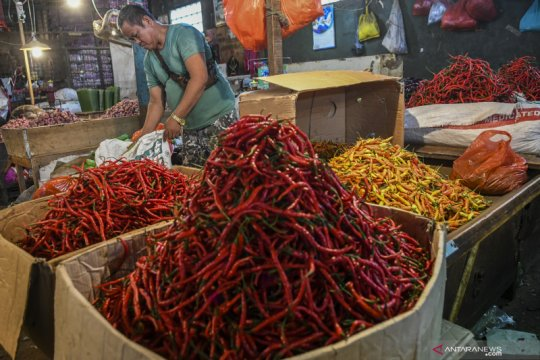 Harga cabai di Pasar Perniagaan Jakarta Barat mulai turun