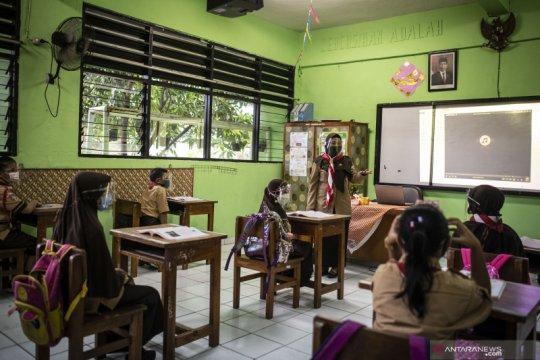 Jakarta sepekan, sekolah tatap muka hingga izin shalat tarawih