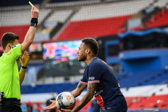 Liga Prancis skors Neymar dua laga setelah ribut dengan bek Lille