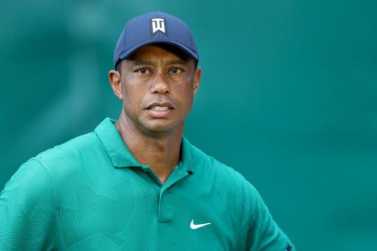 Tiger Woods pacu mobil 140 km per jam saat kecelakaan