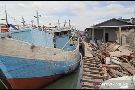 Proyek gudang Muara Angke hambat akses nelayan dan bongkar muat kapal