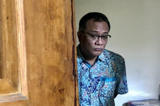PN Jakarta Selatan tunda sidang Jumhur karena ahli bahasa tidak hadir