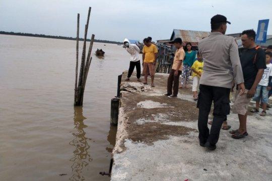 Kapal pengangkut bahan kimia tenggelam di lepas pantai Sri Lanka