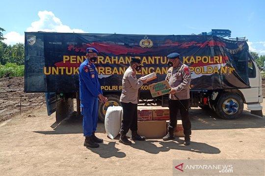 Kantor kecamatan jadi posko bantuan korban bencana Flores Timur