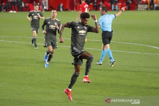 MU petik dua gol tandang penting setelah kalahkan Granada 2-0