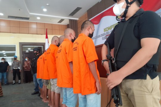 Polda Sumbar tangkap tujuh tersangka kasus tambang ilegal