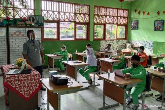 Riza sebut DKI akan ubah komposisi PPDB 2021