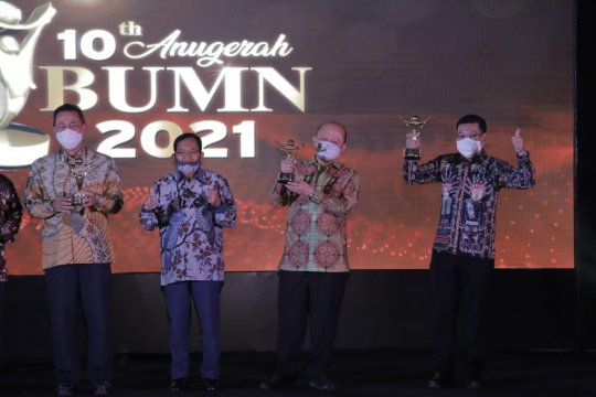 "Pupuk Indonesia raih ""Best Corporate & Best CEO"" Anugerah BUMN 2021"