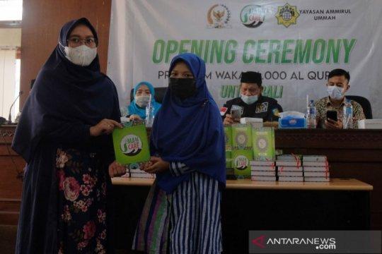Muslim Bali terima 6.000 Al-Quran Wakaf