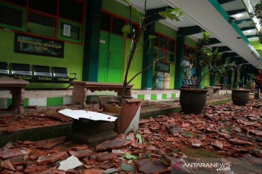 Dampak gempa susulan dirasakan di wilayah Jawa Timur hingga DIY