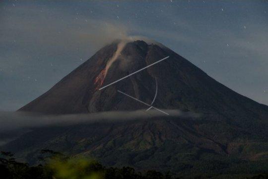 BPPTKG: Gunung Merapi mengalami 196 kali gempa guguran