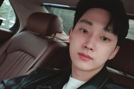 Jinyoung B1A4 gabung agensi baru usai tuntaskan wamil