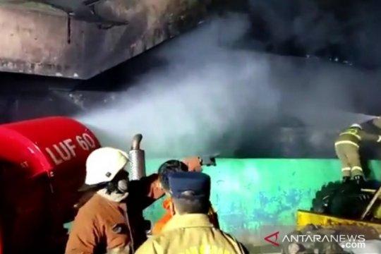 Robot pemadam diterjunkan tangani kebakaran Pasar Inpres Pasar Minggu