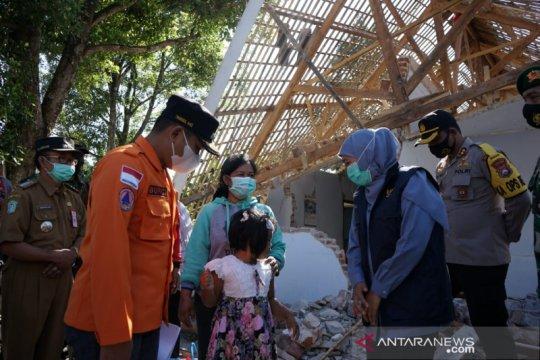 Khofifah: Bantuan hunian sementara korban gempa cegah klaster baru