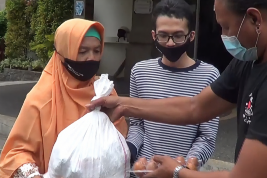 Relawan Bali salurkan bantuan ke panti dan yayasan selama pandemi
