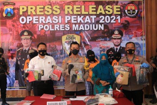 Polres Madiun ungkap tujuh kasus dari Operasi Pekat Semeru 2021