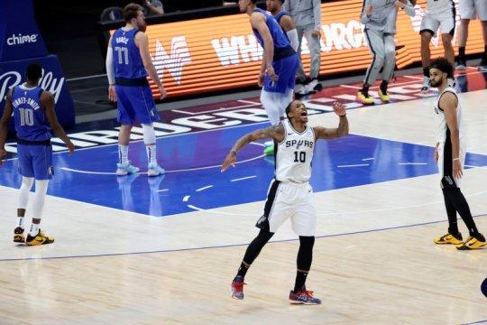 DeMar DeRozan dorong Spurs tekuk Mavericks