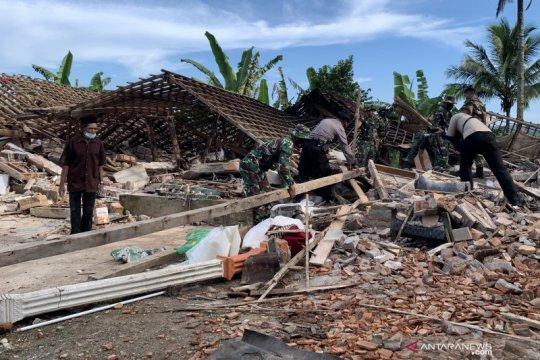 Gempa Malang sisakan trauma bagi korban