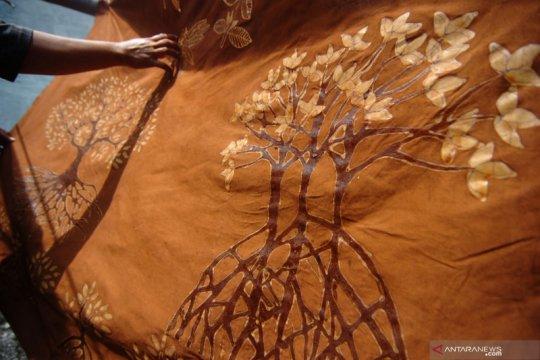 Kemenperin dorong produsen batik terapkan industri hijau