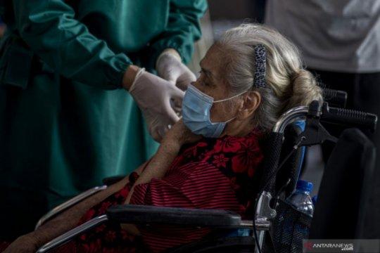 5.713.404 warga Indonesia telah menerima dosis vaksin lengkap